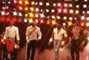 1984 VICTORY TOUR  Th_754026524_6884032530_6502bc6416_b_122_185lo