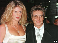 th 92950 rachel 122 431lo Rod Stewart is  officially divorced