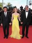 th_90372_Tikipeter_Jessica_Chastain_The_Tree_Of_Life_Cannes_015_123_534lo.jpg
