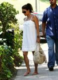 th_97006_Halle_Berry_out_and_about_in_LA_41_122_667lo.jpg