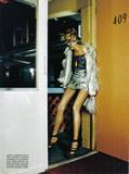 Anja Rubik - Vogue 6-2008 Italy - Scanned by AlienSexFiend the Fashion Spot Foto 90 (Аня Рубик - Vogue 6-2008 Италия - Сканируются AlienSexFiend моды Spot Фото 90)