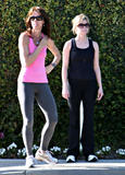 th_66177_celeb-city.org_Reese_Witherspoon_is_spotted_out_jogging__03_123_968lo.jpg